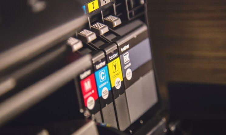 Brother printerblæk i en printer